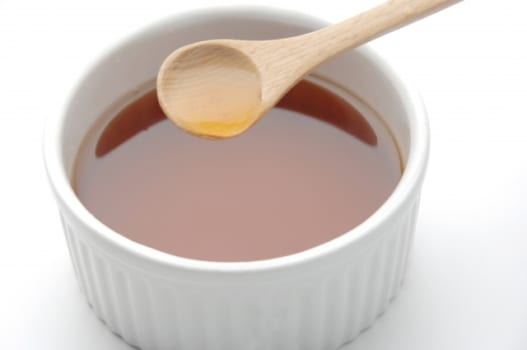 『お酢+水』でウジ虫の殺虫剤が作れる!