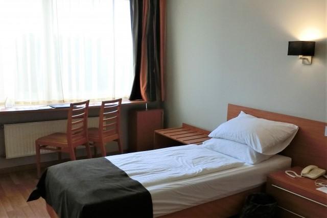 寝室で使うなら電気製品もおすすめ
